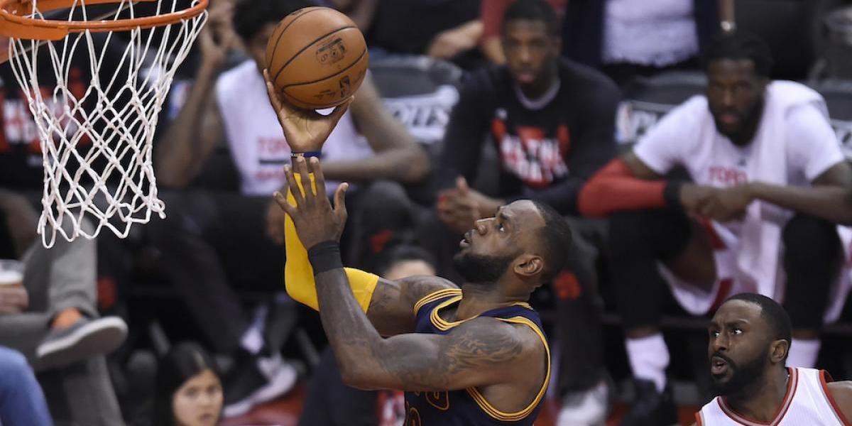 Cavaliers barren a Raptors y avanzan a la final de la Conferencia Este