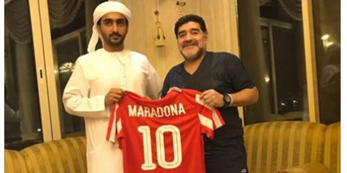 Maradona sorprende al fichar como DT del Al Fujairah de Emiratos Árabes