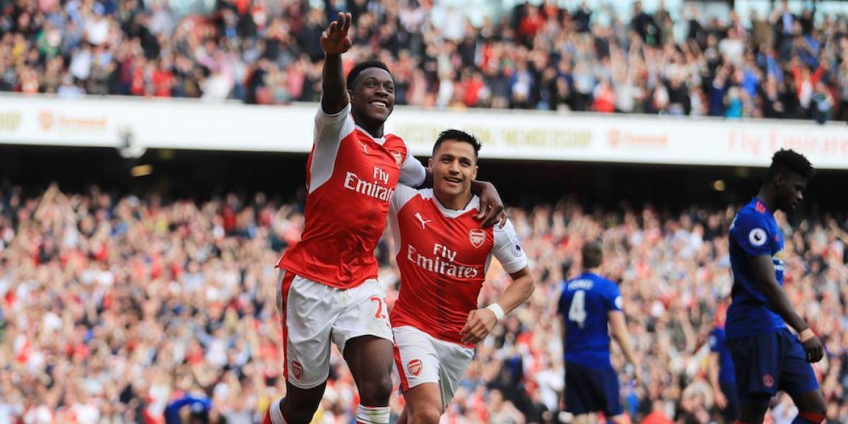 Arsenal pone fin a racha de 25 juegos sin derrota del Manchester United