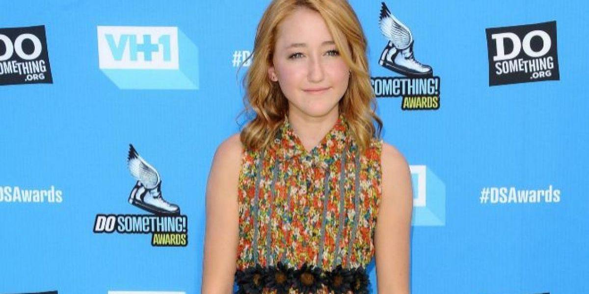 La hermana de Miley Cyrus muestra su notoria cirugía de rostro en los MTV Movie and TV Awards