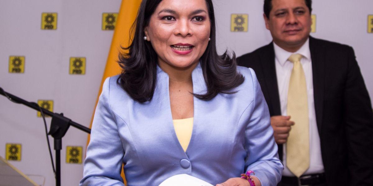 """PRD no aceptará """"chantajes"""" de AMLO rumbo al 2018: Beatriz Mojica"""