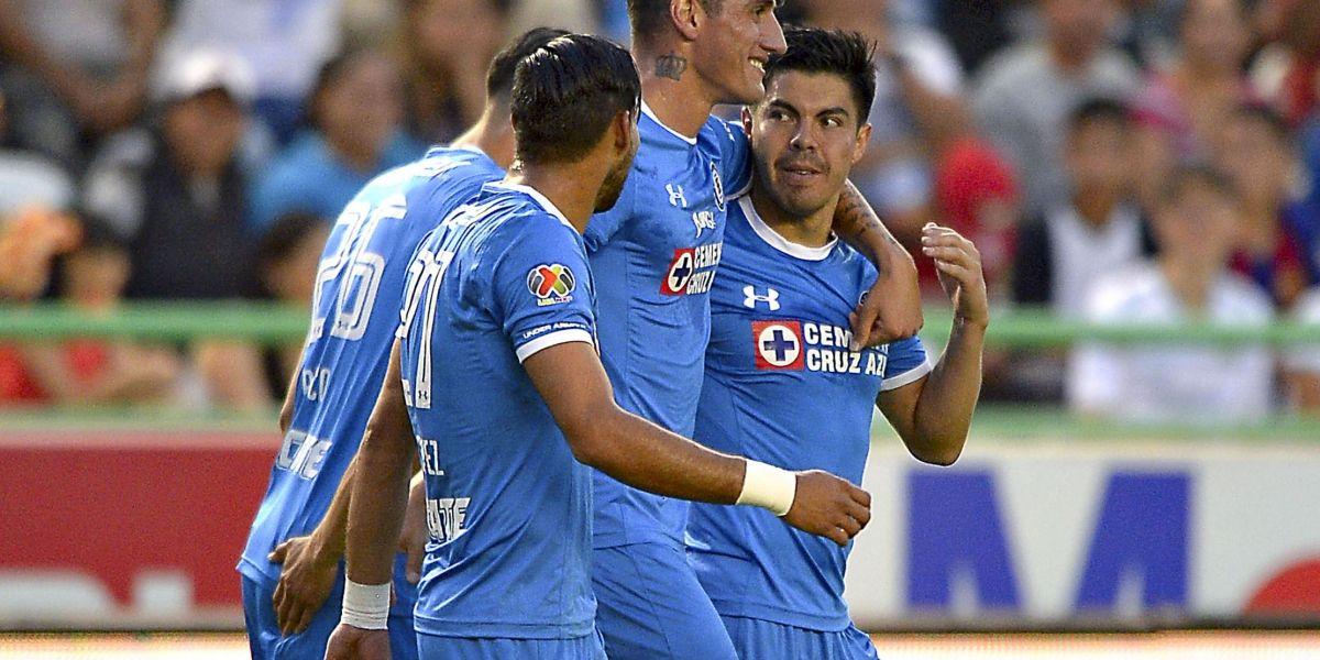 Francisco Silva se gradúa como goleador en triunfo histórico del Cruz Azul
