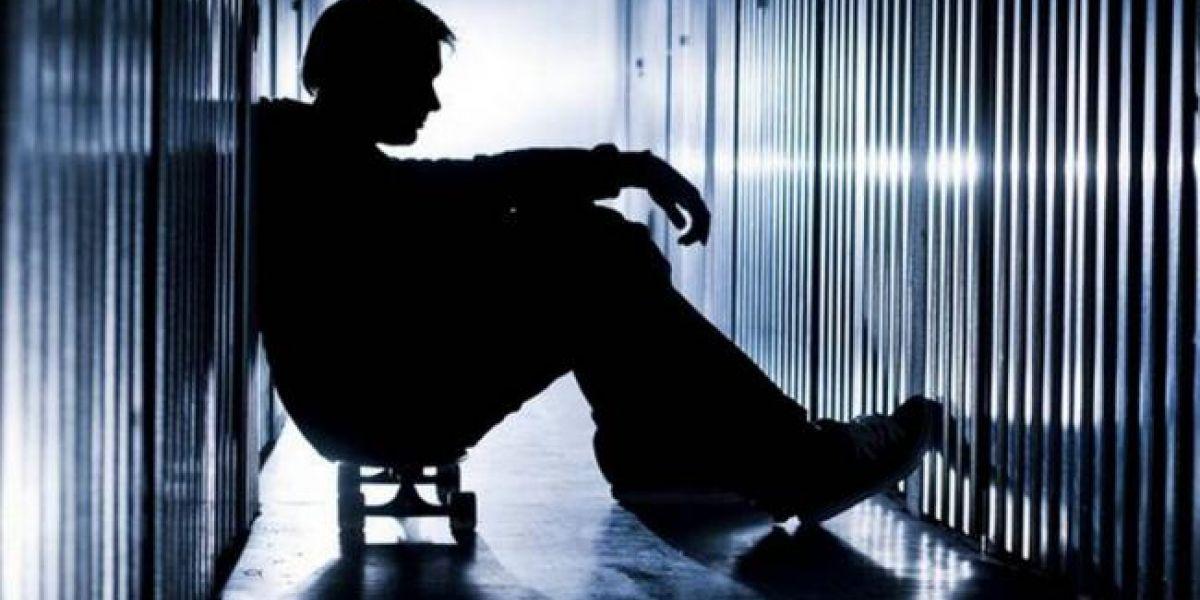 Sumido el país en trastornos mentales