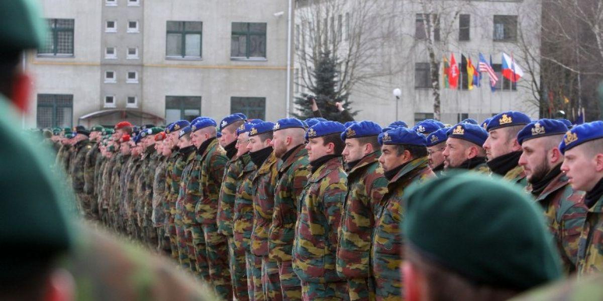 Alemania inspecciona todos sus cuarteles tras descubrir símbolos nazis