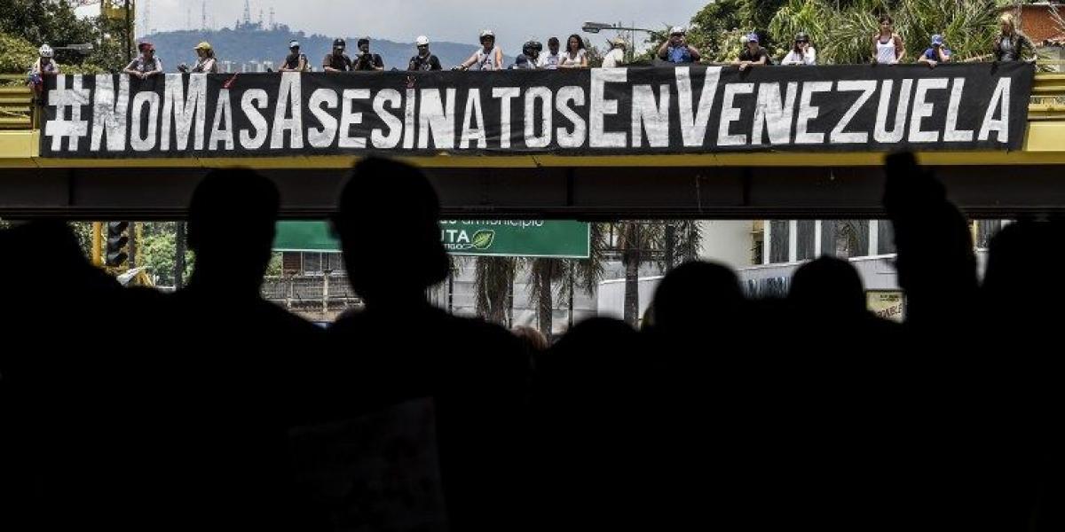 """Maduro avanza hacia Constituyente """"popular"""" pese a rechazo de la oposición, que sigue con las protestas"""