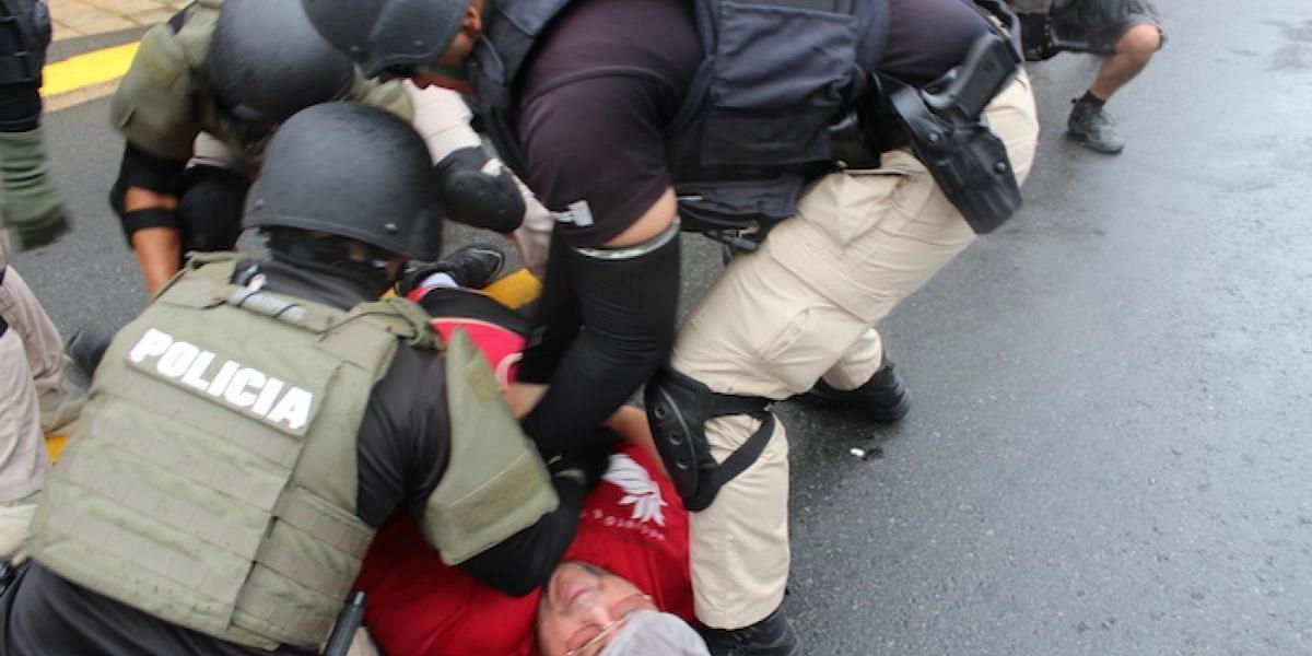 Deciden no radicar cargos a 5 arrestados del primero de mayo