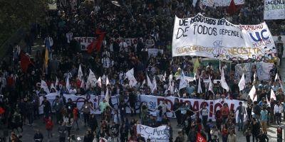 Estudiantes anunciaron nueva marcha para este martes pidiendo el fin del CAE