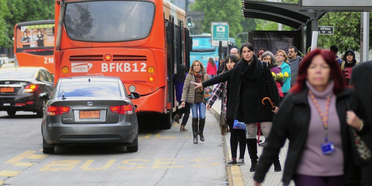 Anuncian nuevos cambios en recorridos de Transantiago