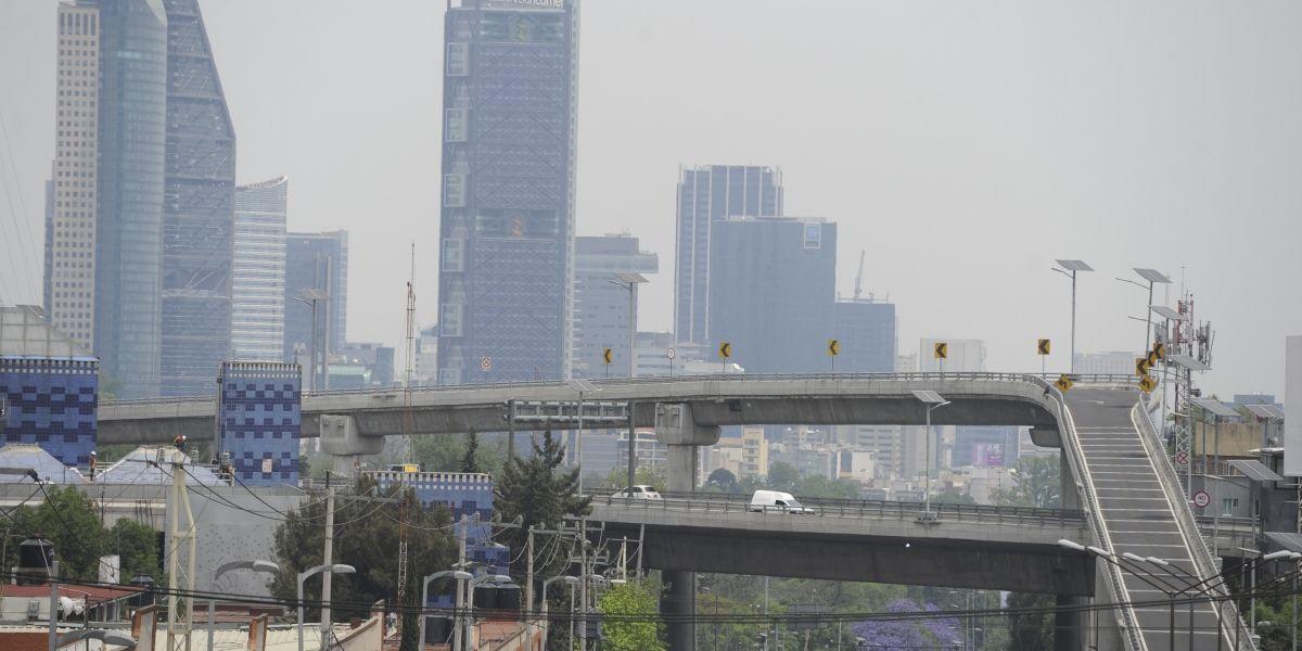 Hoy No Circula aplica para autos con engomado amarillo