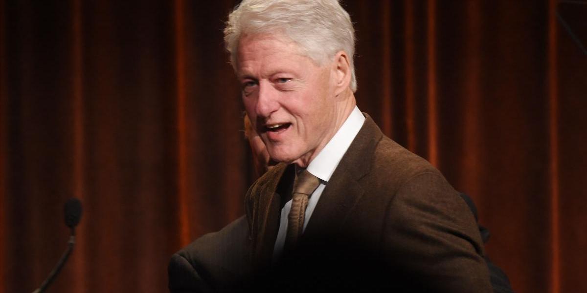 """El presidente está desaparecido"": Bill Clinton publicará novela de suspenso"