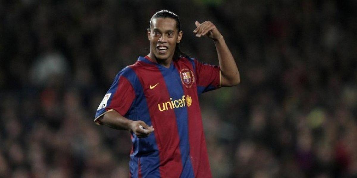 Exdirectivo revela que Ronaldinho y sus amigos organizaban orgías en el Barcelona