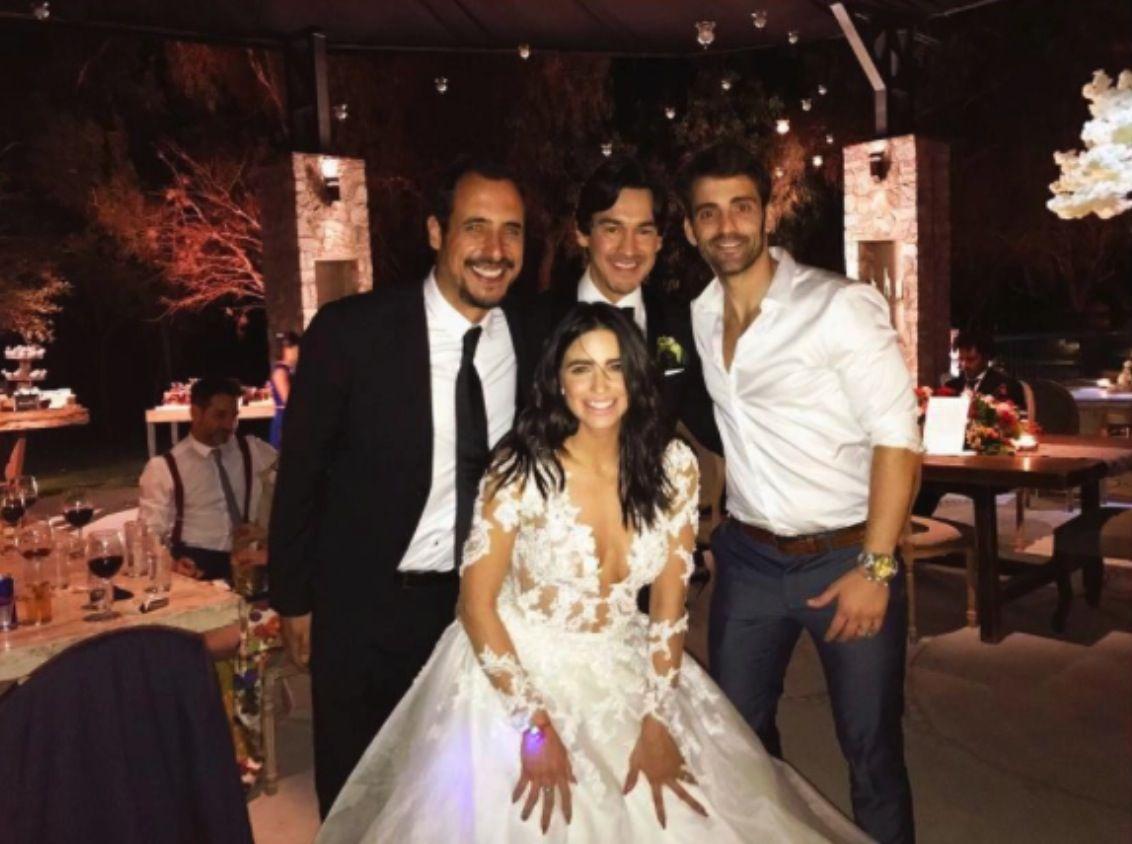 ¿Bárbara de Regil copió el vestido de novia a Ximena