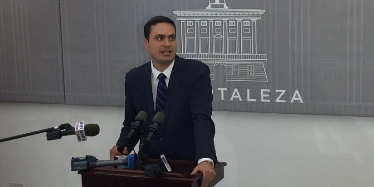 Gobierno presenta medidas para UPR y regular Uber