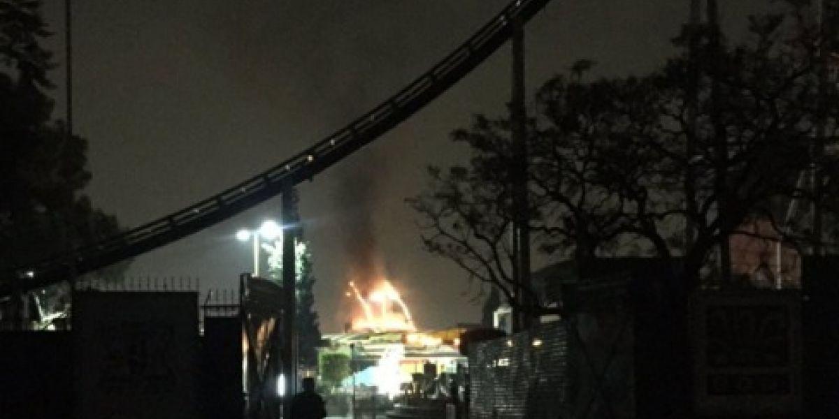 Se Incendia Juego Mecanico En La Feria De Chapultepec No Hay