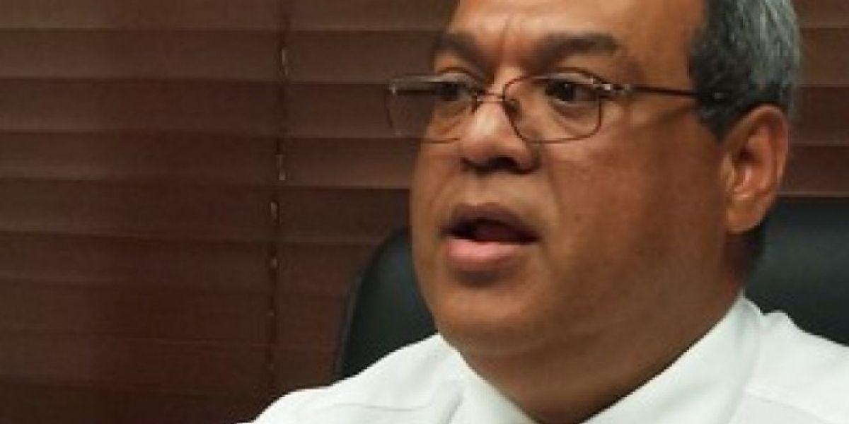 Senadores unen esfuerzos para capacitar a los T-1 en Educación