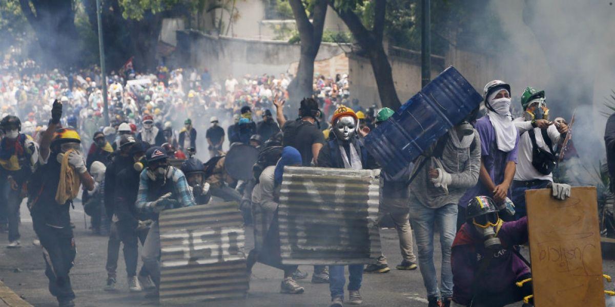 Al menos 50 manifestantes encarcelados tras protestas en Venezuela