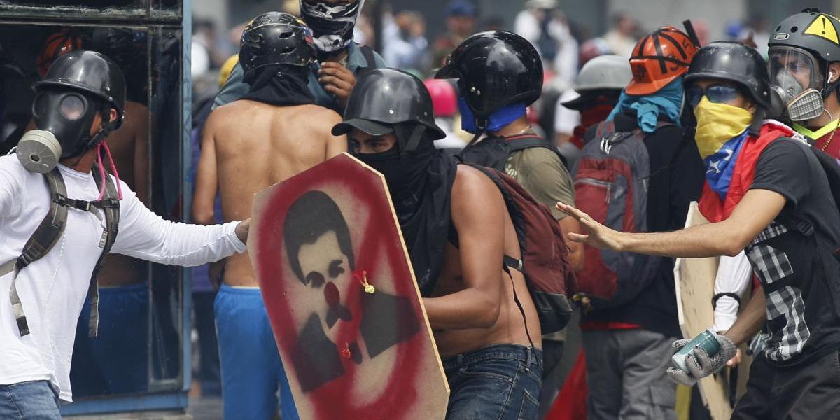 Venezuela: El día 38 de protestas terminó con gas lacrimógeno en Caracas