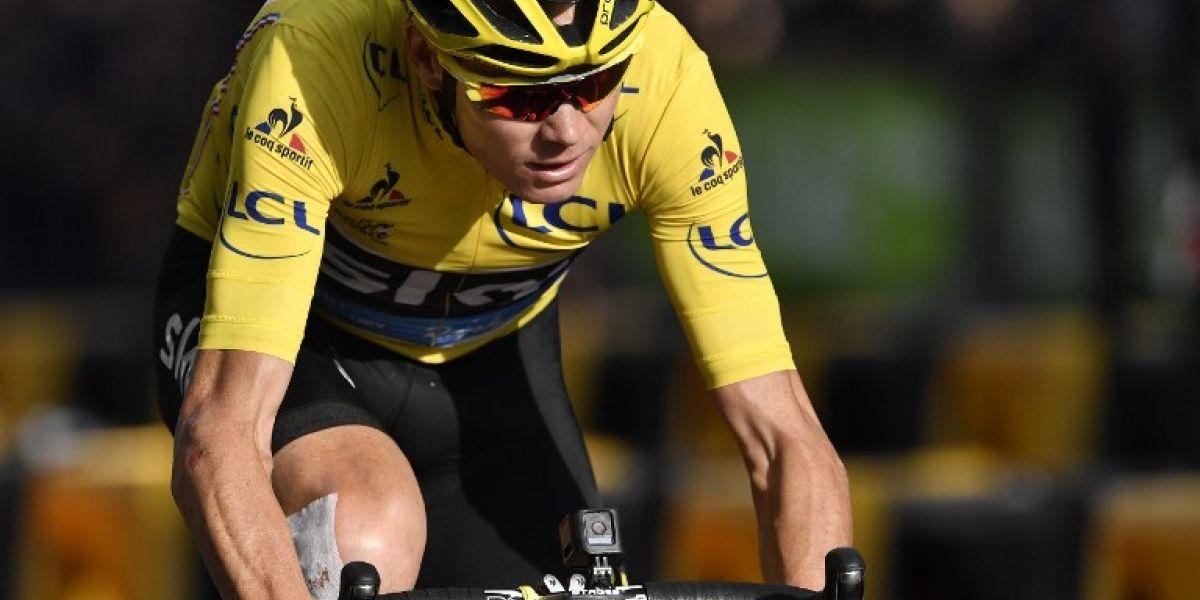 """El triple campeón del Tour de Francia, Chris Froome, acusó que fue atropellado """"a propósito"""""""
