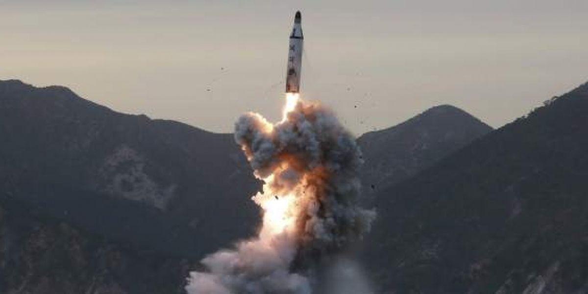 Vuelve la tensión: China anuncia que probó un nuevo misil cerca de costas coreanas