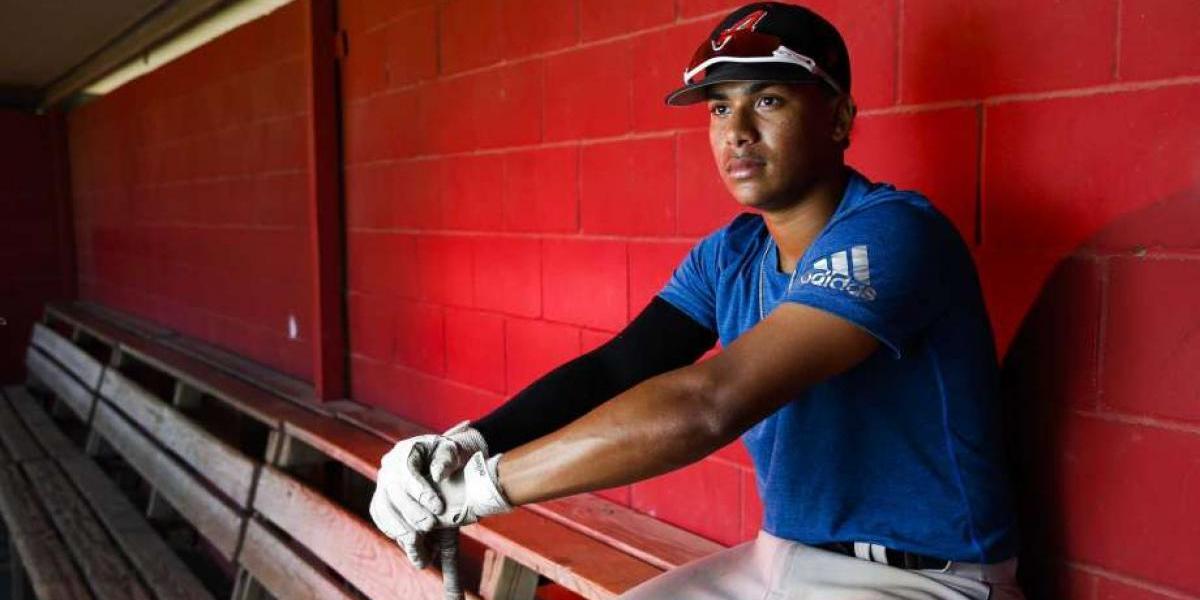 El hermano de Carlos Correa se destaca en el béisbol universitario