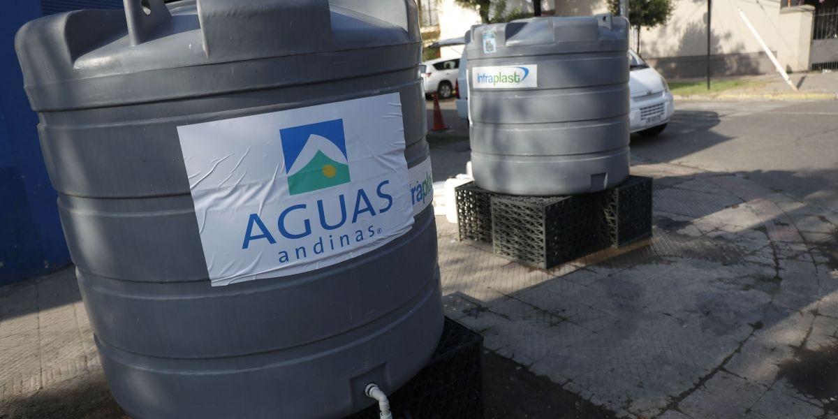 """Aguas Andinas se declara en """"estado de alerta temprana"""" por próximas lluvias"""
