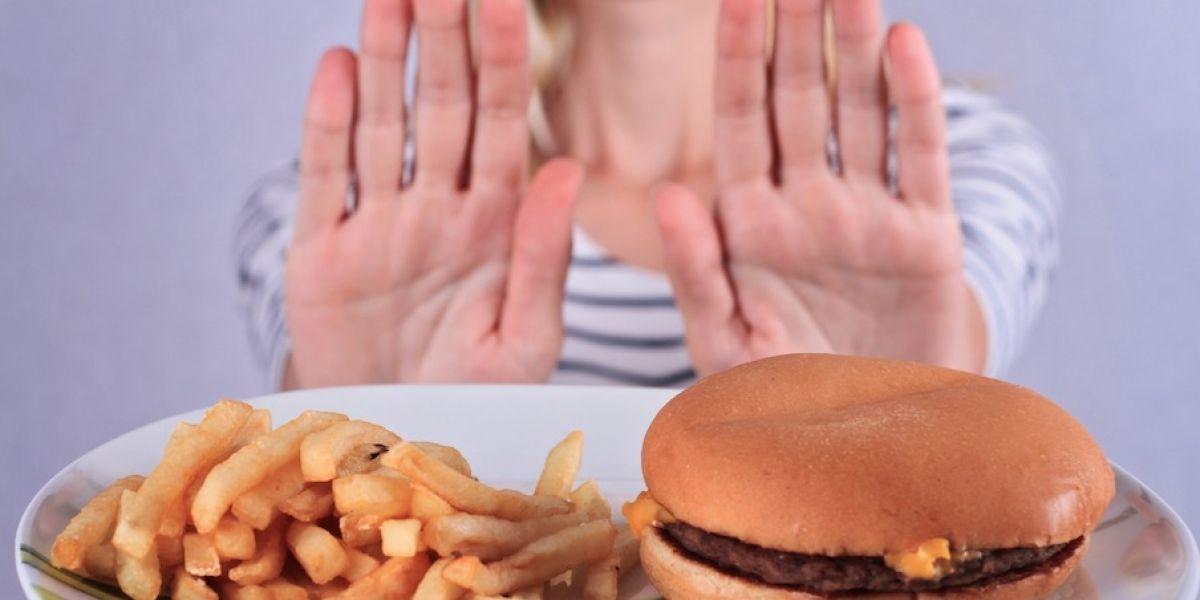 ¿Deseas bajar de peso? Estos son los 5 errores más comunes que podrías estar cometiendo