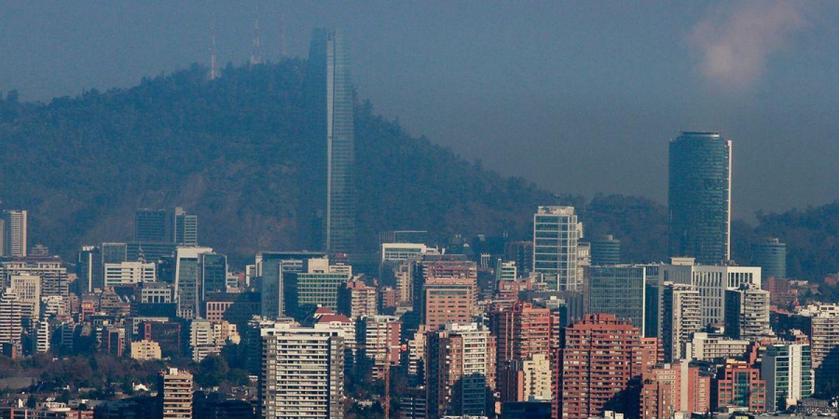 Calidad de vida empeora en el Gran Santiago: el 50% de la población vive en comunas con los peores índices