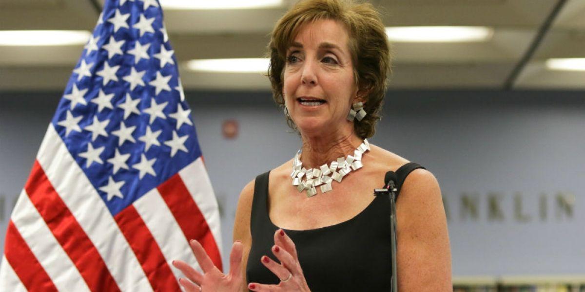 Trump mantiene a Roberta Jacobson como embajadora en México