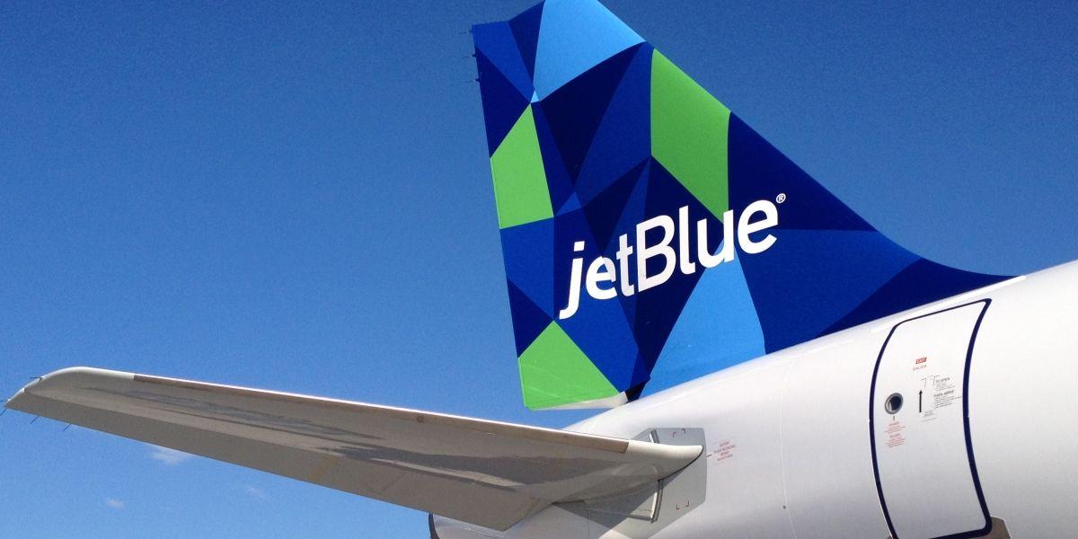 Familia es removida de un vuelo de JetBlue