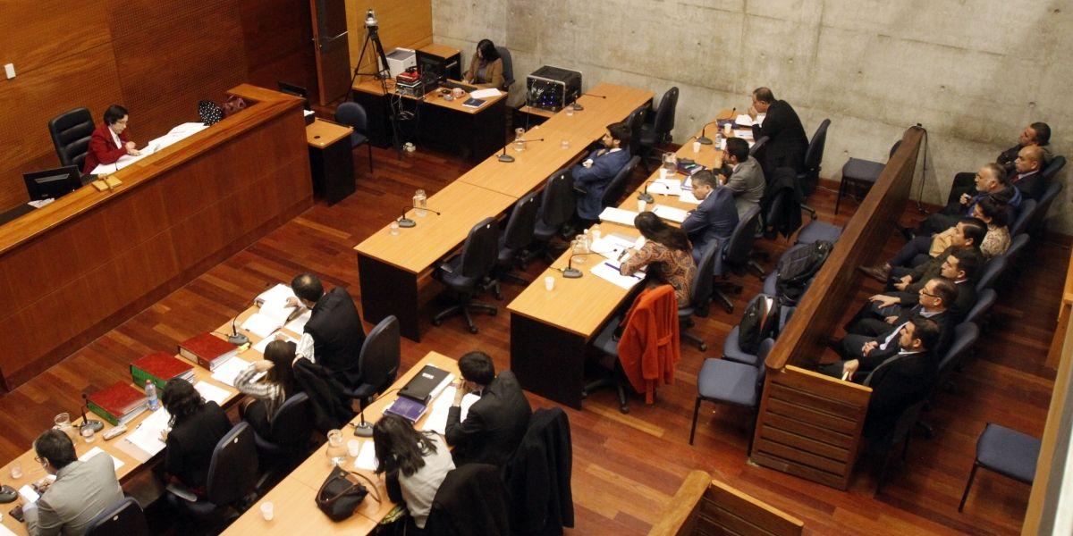 Fraude en Carabineros: decretan arresto domiciliario para 8 nuevos formalizados