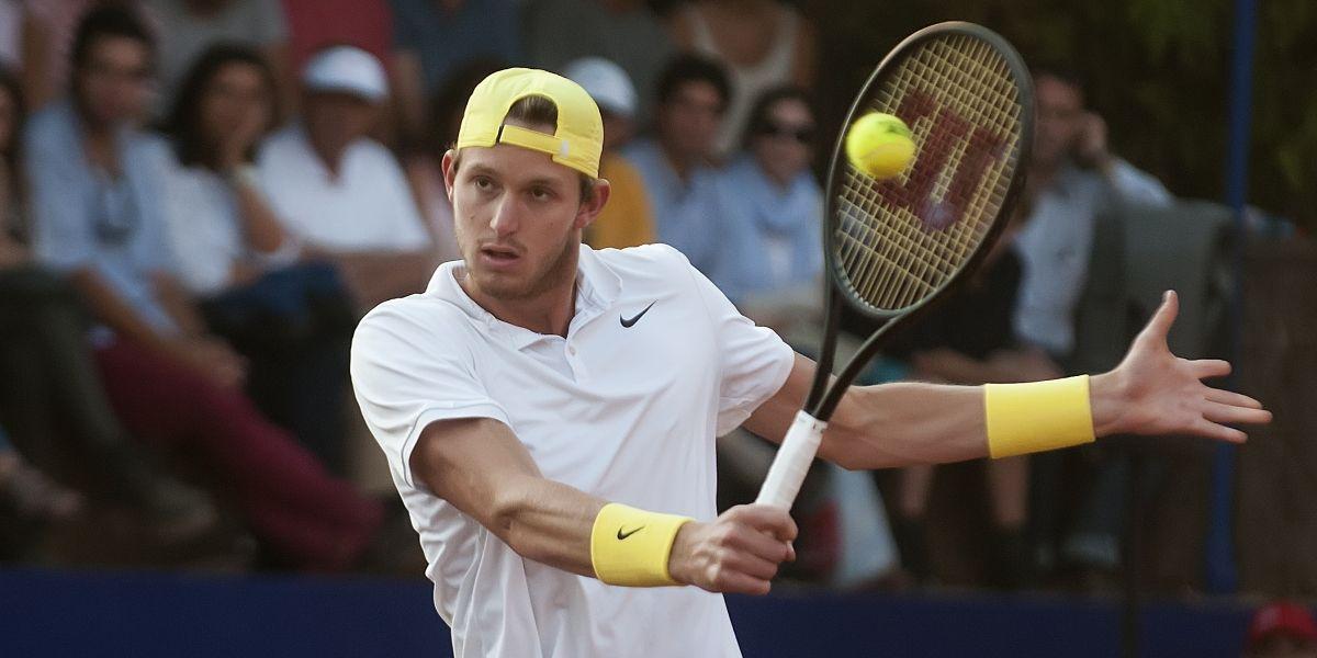 Nicolás Jarry venció en su debut y clasificó a octavos de final en Roma