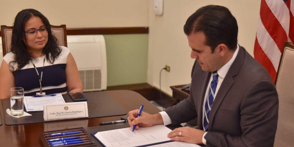 Orden Ejecutiva de Rosselló crearía subcomité que trabajará con escuelas cerradas