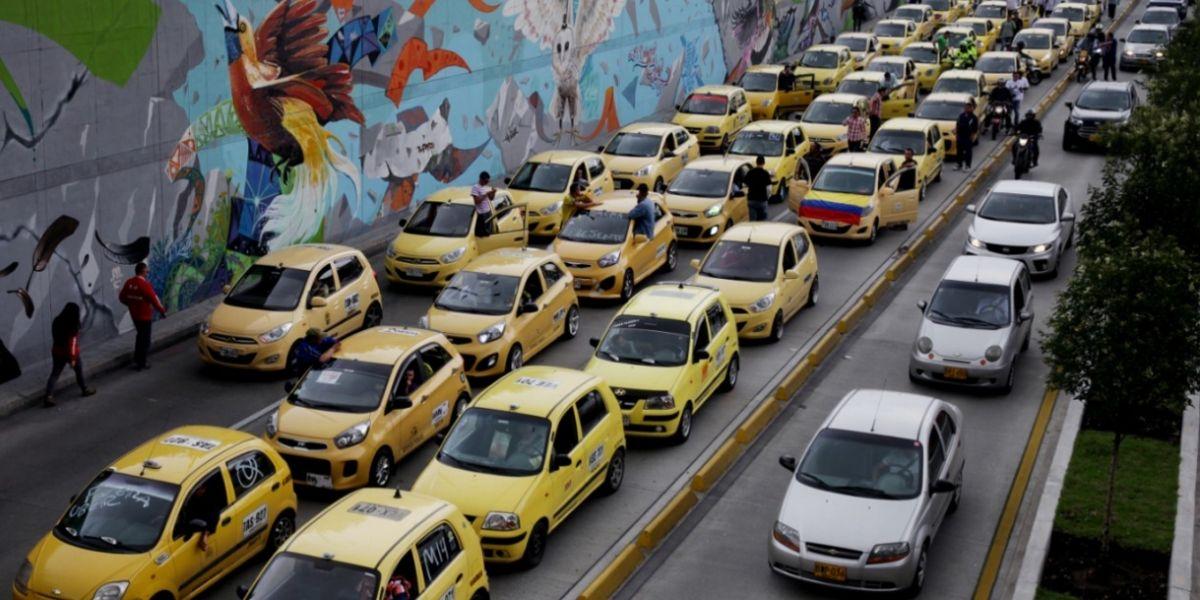 Siga todos los detalles del paro de taxistas en contra del servicio de Uber, en el país