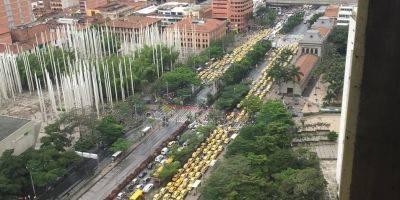 Taxistas desbloquearon las calles de Medellín