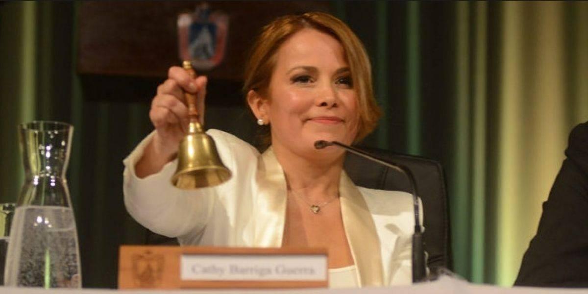 """Cathy Barriga se defiende por acusación de censura: """"No se puede hablar de cosas personales"""""""