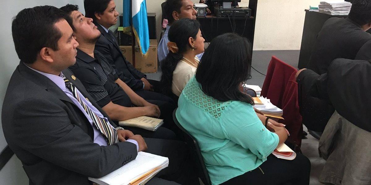 """Juez deja en libertad a fiscal y empleado de juzgado en el caso """"Cisne Blanco 2"""""""