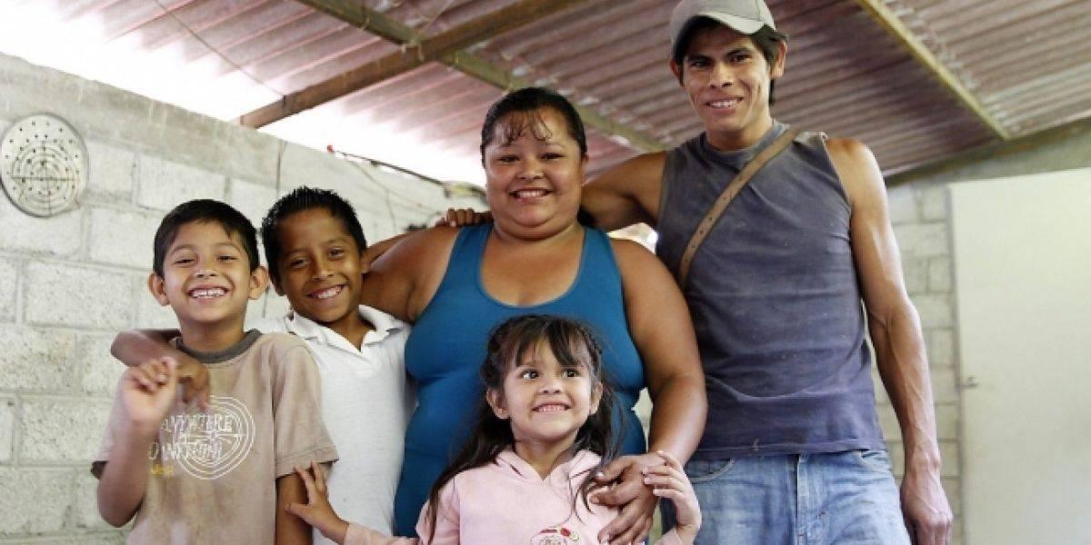 Gobierno federal apoya a las madres mexicanas con diversos programas
