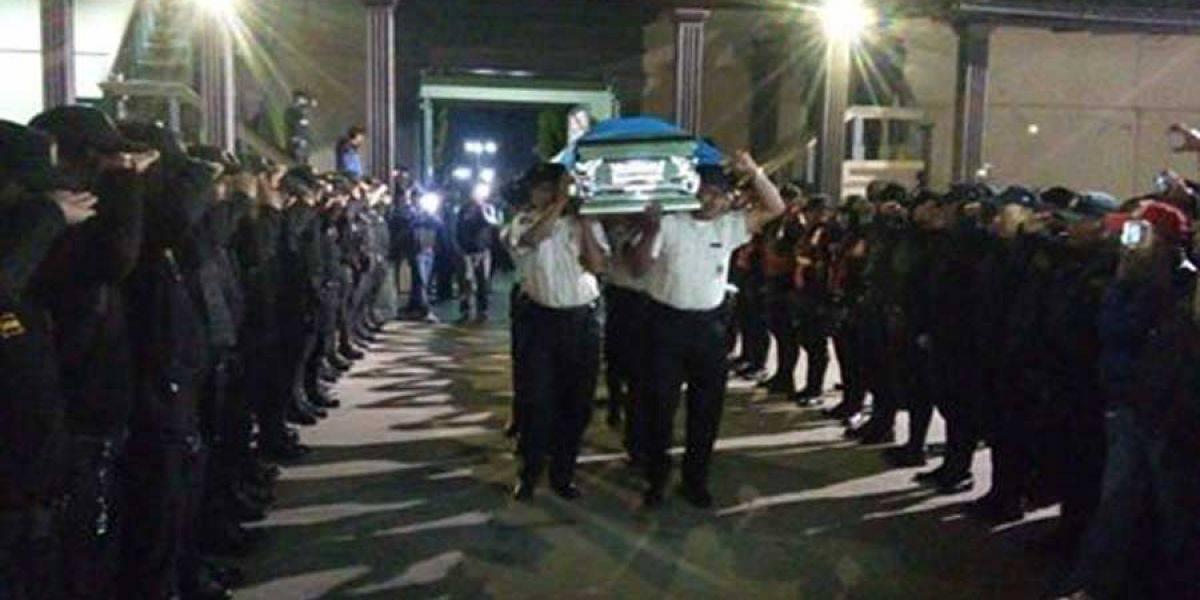 Realizan honras fúnebres a agentes PNC fallecidos en ataque armado en Chimaltenango