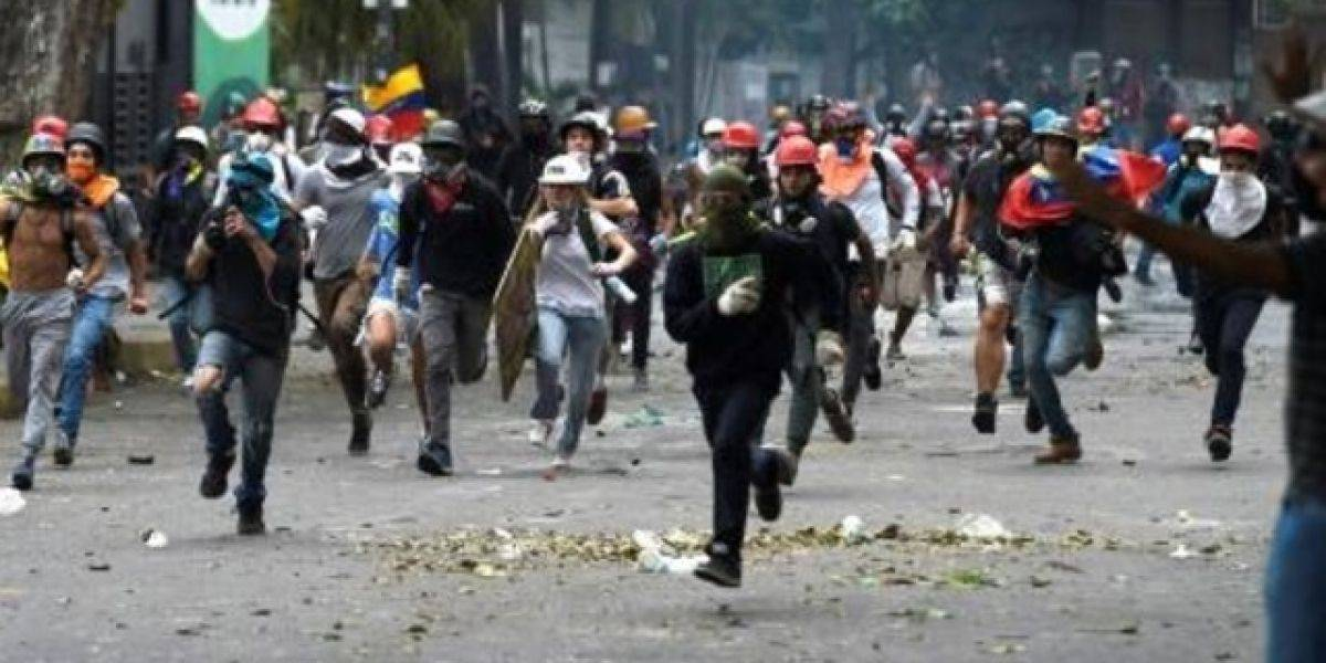 La oposición venezolana marchará hasta el Supremo, detonante de las protestas