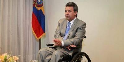 Lenín Moreno se reunió con miembros del alto mando militar