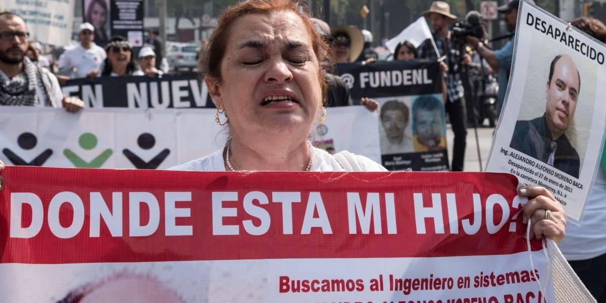 """Madres marchan en CDMX por """"hijos desaparecidos"""""""