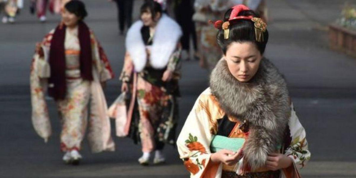 En Tokio debaten cómo empoderar económicamente a la mujer