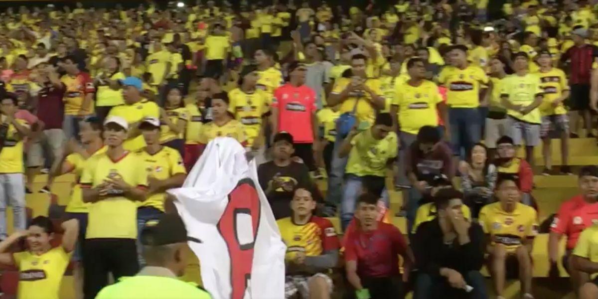 El 'Fantasma de la B' apareció en el partido Barcelona vs Liga de Quito