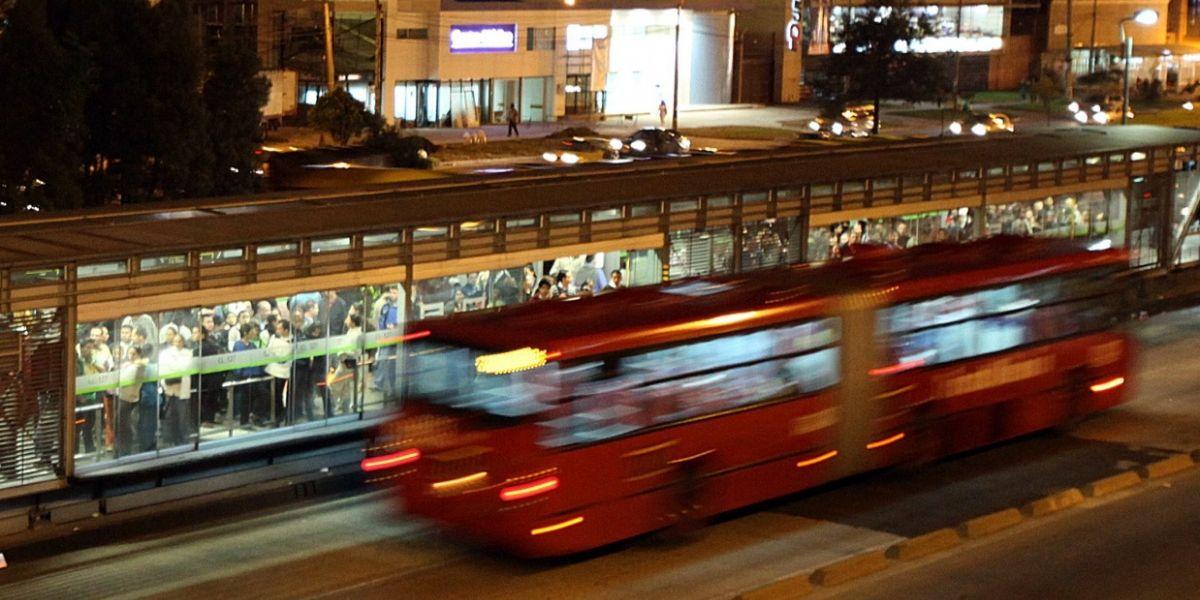 Joven de 25 años falleció al ser arrollado por bus de TransMilenio