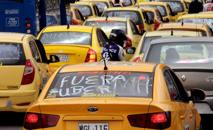 ¿Taxis de lujo en Bogotá? En los próximos meses iniciarían su funcionamiento