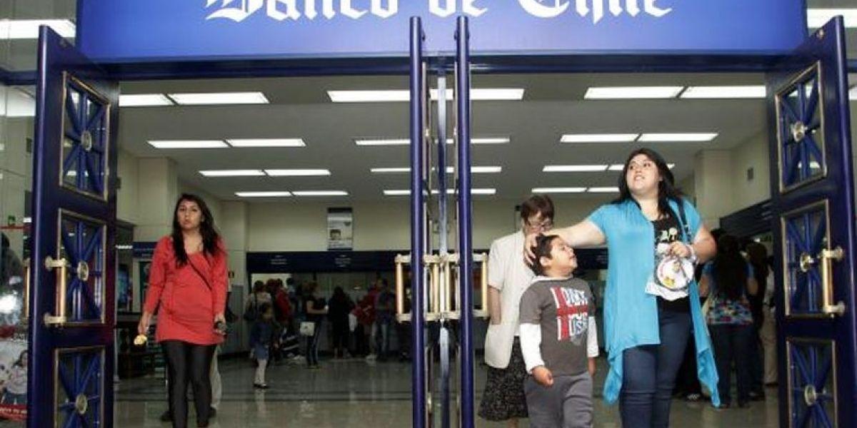 ¡Ahora sí! Banco de Chile soluciona problemas y contribuyentes ya reciben su dinero