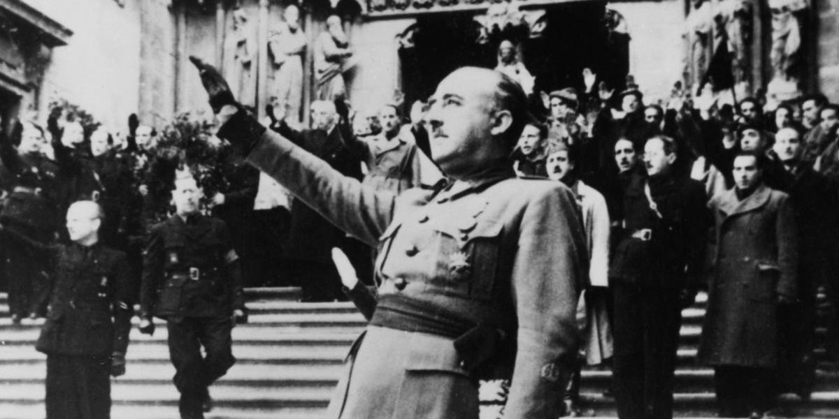 Congreso de España aprueba exhumación del dictador Francisco Franco