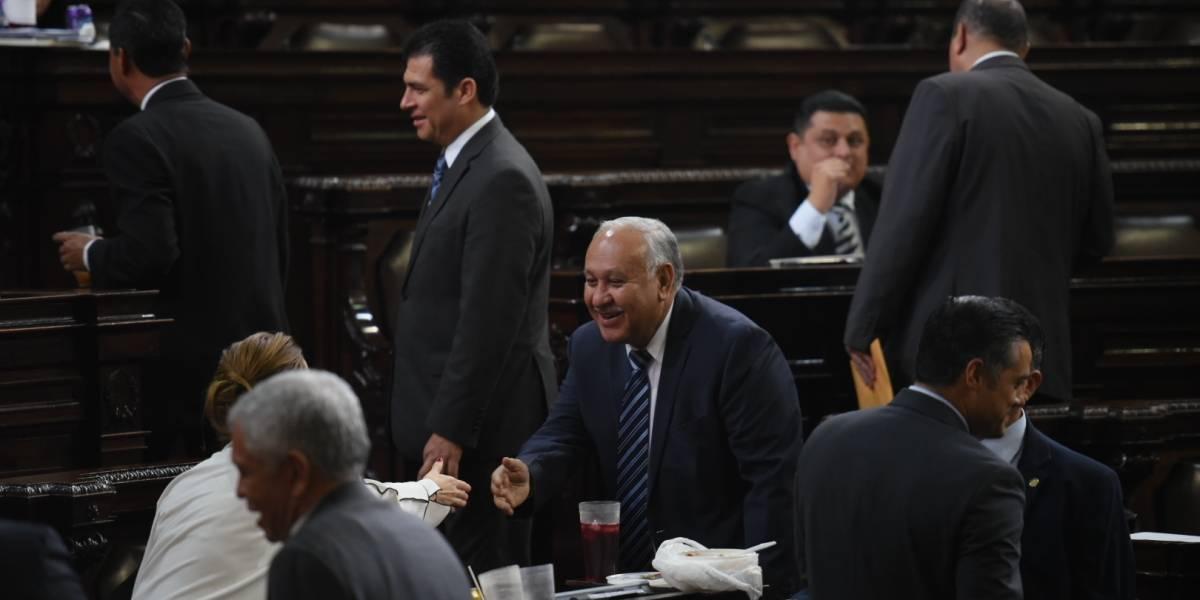 Finaliza periodo legislativo, pero sigue juicio político al jefe del CIV