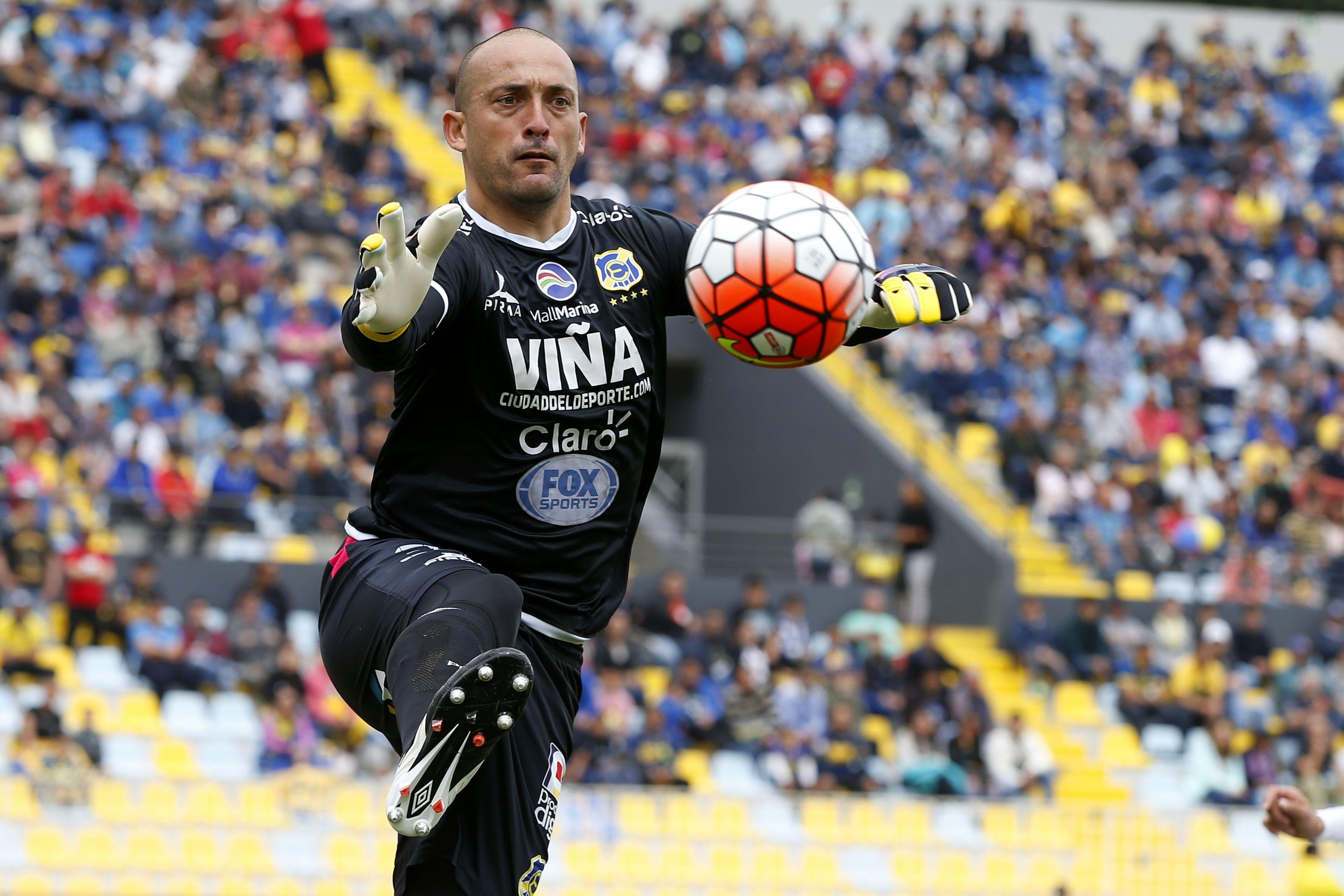 Eduardo Lobos, Everton / Photosport