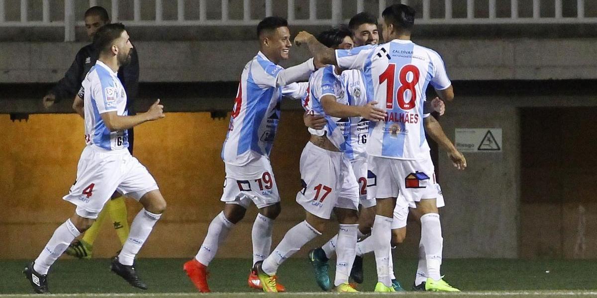 Ausencia de Magalhaes y lesión de Ampuero: los problemas de Antofagasta para enfrentar a Colo Colo